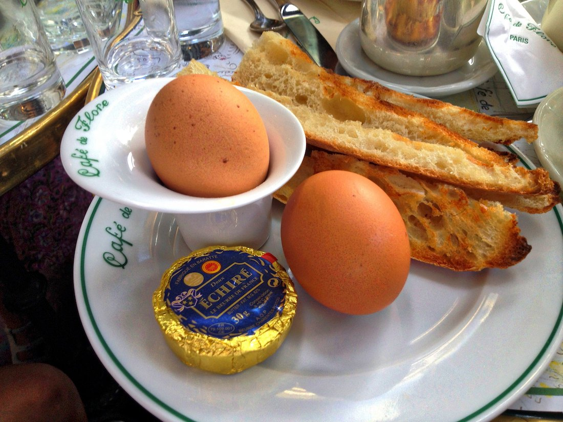 oeufs-à-la-coque-cafe-de-flore-paris